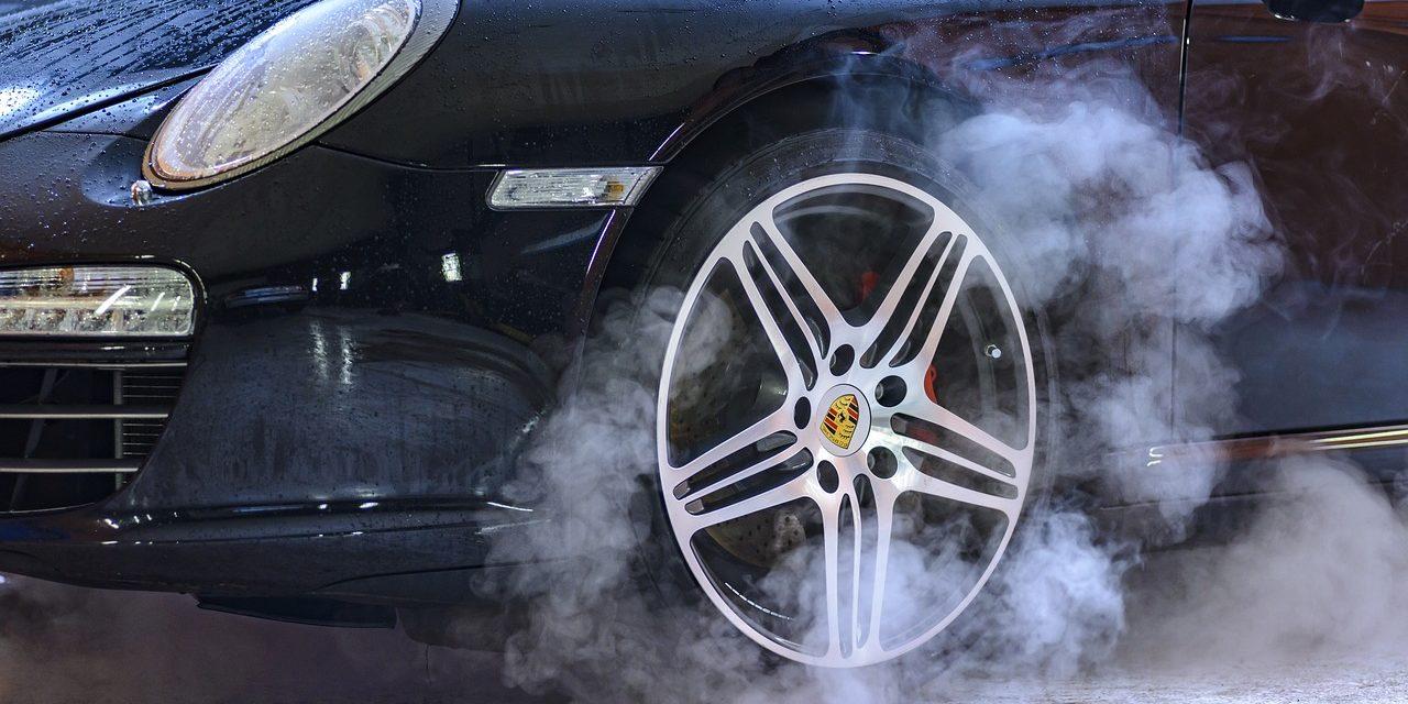 6 metod na zabezpieczenie lakieru samochodowego